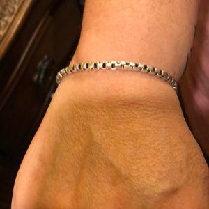 Tiffany Venetian box link bracelet